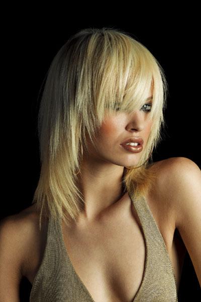 Женские стрижки на длинные волосы 25